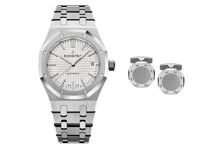 "AUDEMARS PIGUET ROYAL OAK SELFWINDING IN STAINLESS STEEL WITH SILVER DIAL AND DATE DISPLAY & AUDEMARS PIGUET ROYAL OAK STEEL CUFFLINKS WITH SILVER ""TAPISSERIE"" CENTRE"